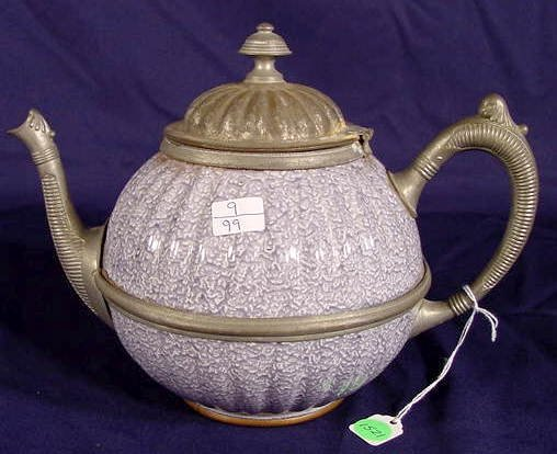 1521: Lavender & White Graniteware Teapot NR