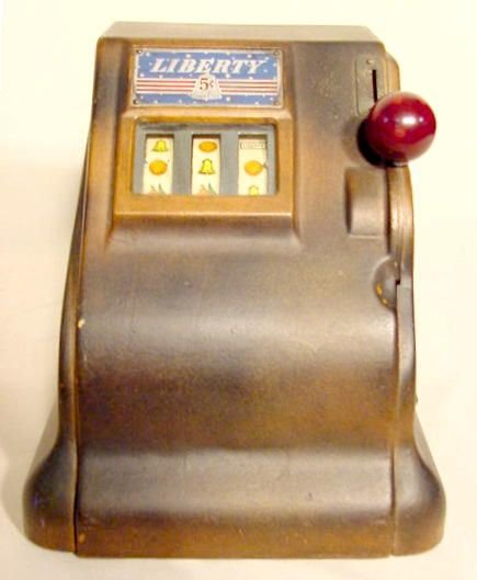 1537: 5 Cent Coin Operated Liberty Slot Machine NR