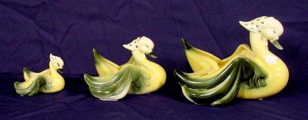 18: Three Piece Hull Pottery Duck Family NR