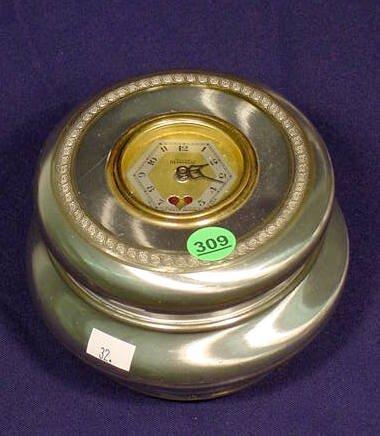 "Lux Clock Mfg Co. ""Heart Beat"" Dresser Clock NR"