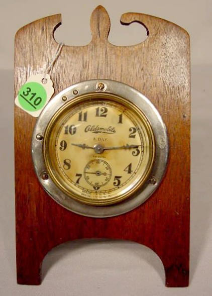 8 Day Oldsmobile Car Clock, USA NR