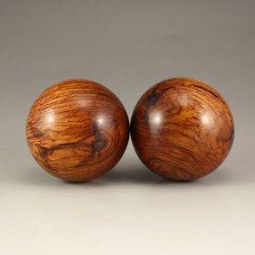 A Pair Chinese Hai Nan Huang Hua Li Wood Gymnastic Ball
