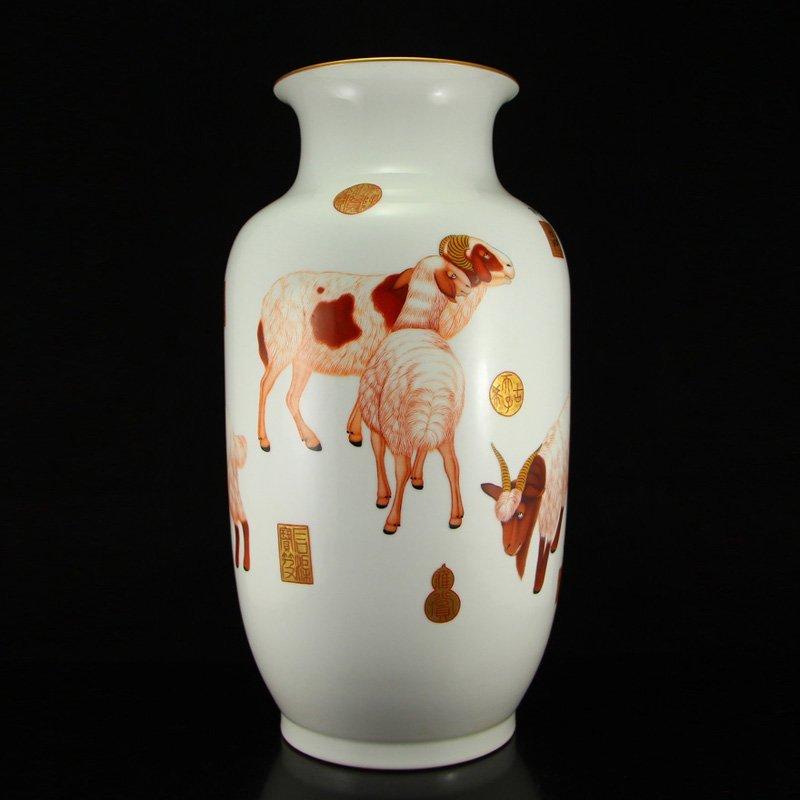 Superb Chinese Qing Dynasty Enamels Porcelain Vase