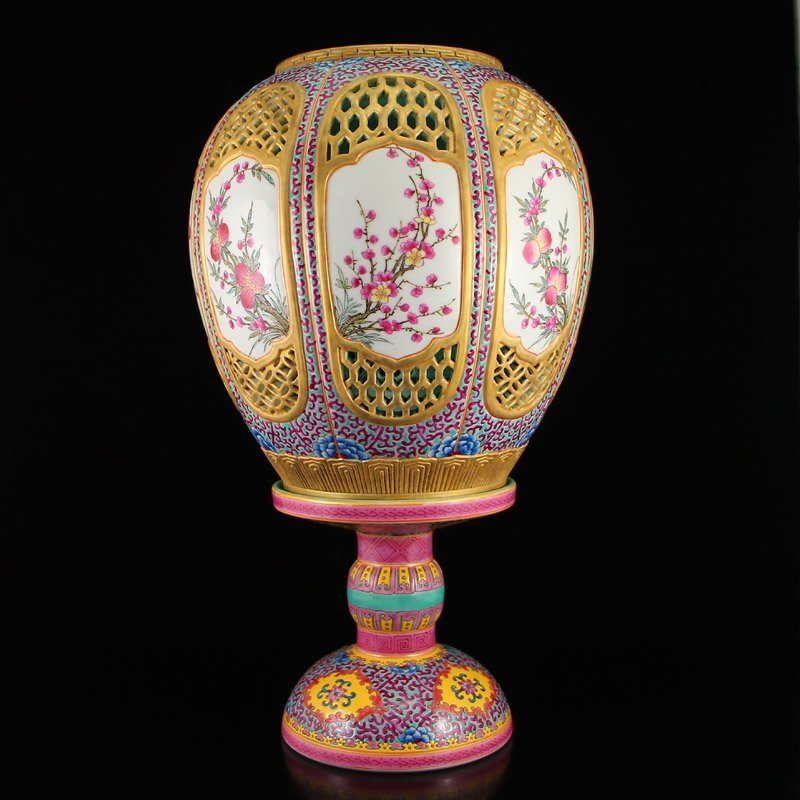 Chinese Gilt Gold Famille Rose Porcelain Candlestick
