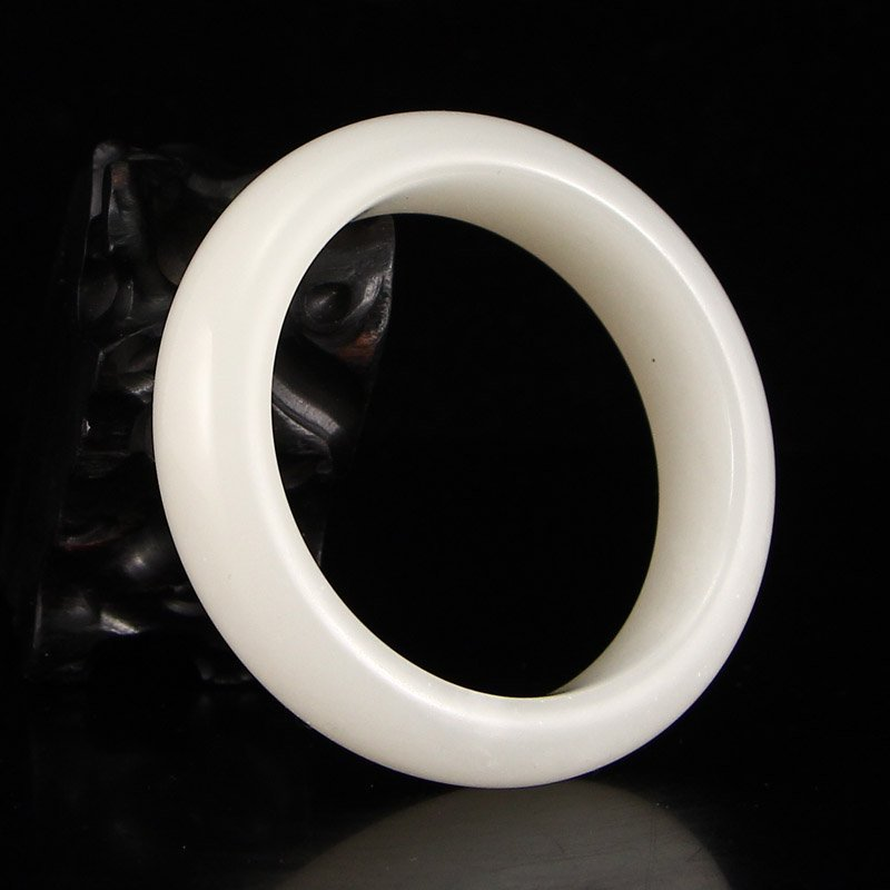 Inside Diameter 54 mm Superb China Hetian Jade Bracelet