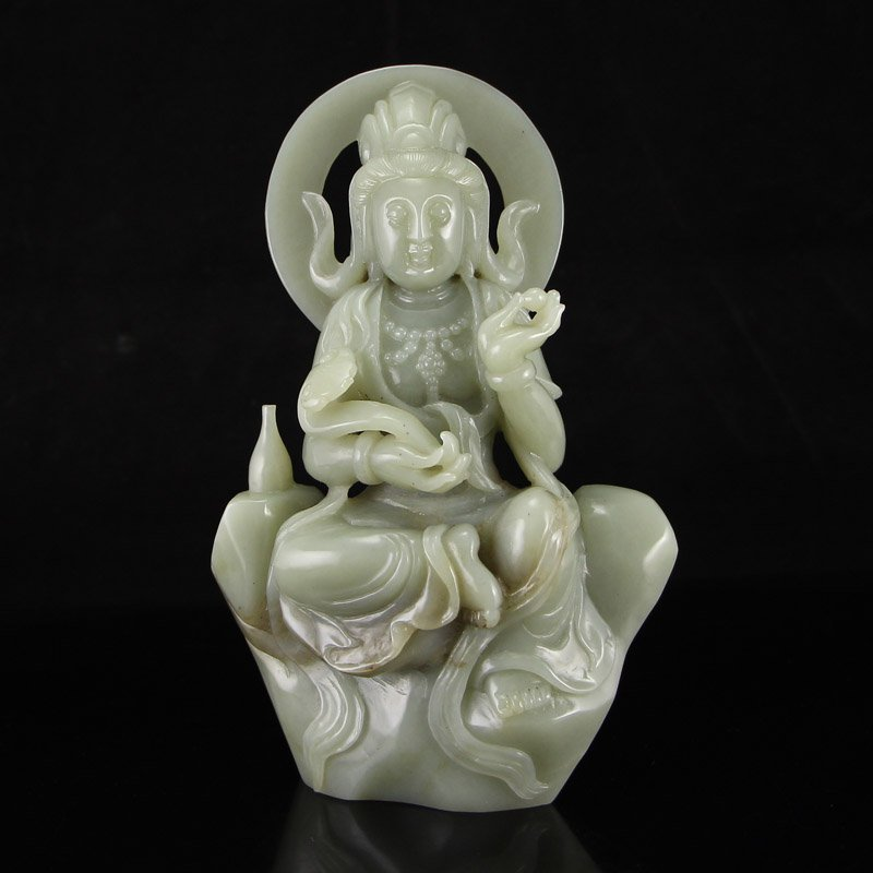Superb Chinese Hetian Jade Kwan-yin Statue