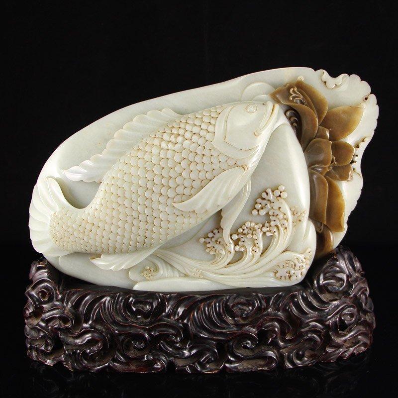 Chinese Qing Dynasty Hetian Jade Statue - Carp & Lotus