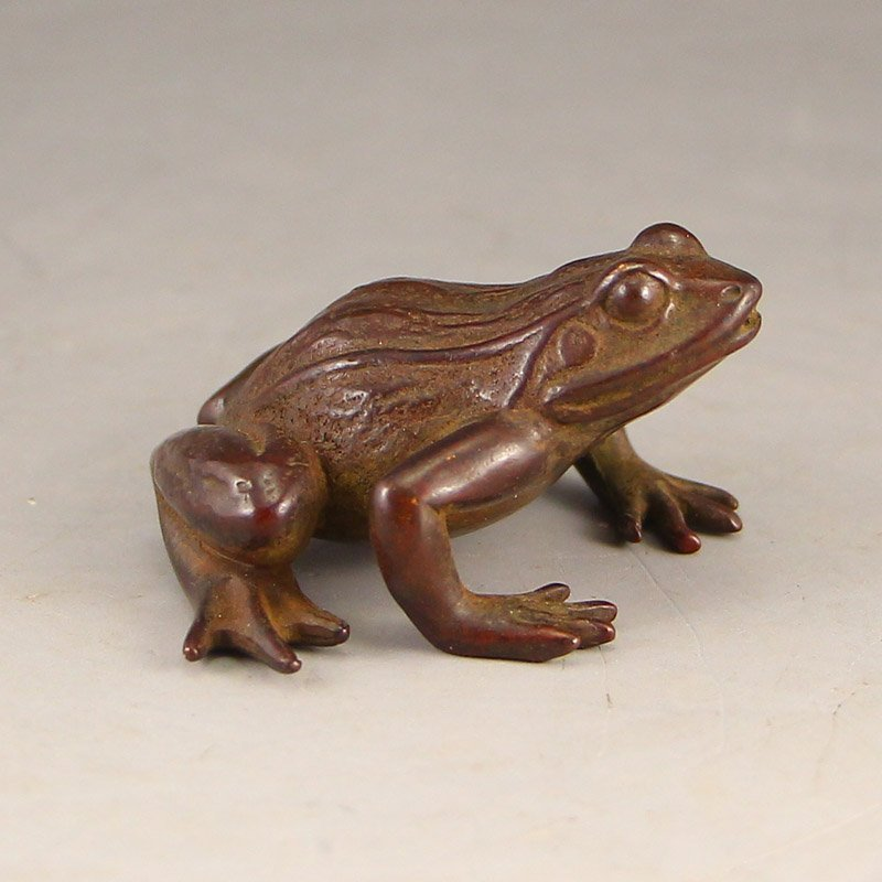 Vintage Chinese Bronze Frog Statue