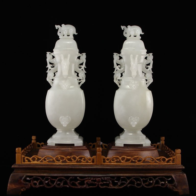 A Pair Superb China Qing Dy Hetian Jade Elephants Vases