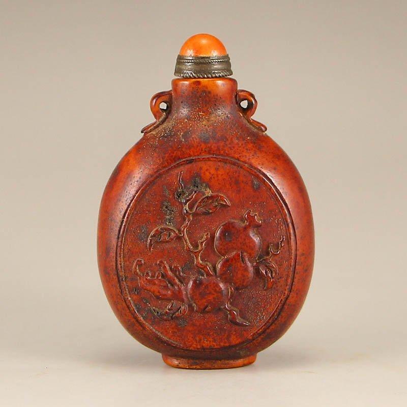 Vintage Chinese Deer Horn Snuff Bottle