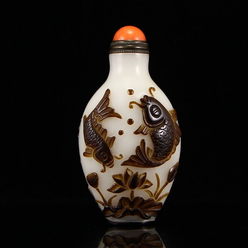 Vintage Chinese Peking Glass Snuff Bottle