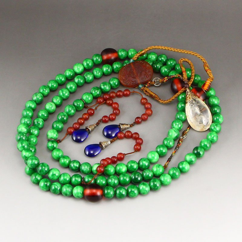 Vintage Jadeite & Crystal,Agate Court Beads Necklace