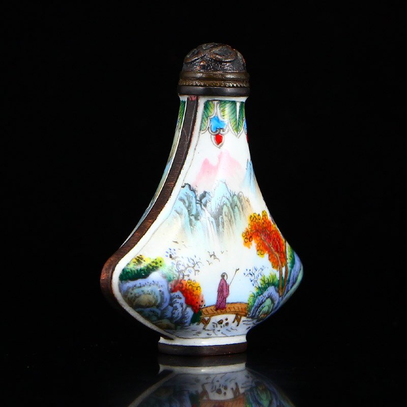Chinese Qing Dynasty Red Copper Enamel Snuff Bottle - 4