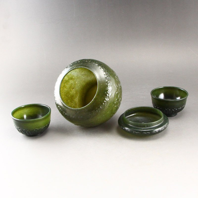 Chinese Qing Dy Green Hetian Jade Tea Caddy & Cups - 4