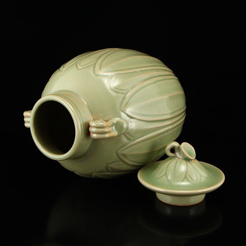 Chinese Song Dy Yue Kiln Porcelain Jar w Lid - 6
