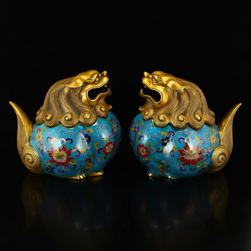 A Pair Gilt Gold Bronze Cloisonne Lions Incense Burner