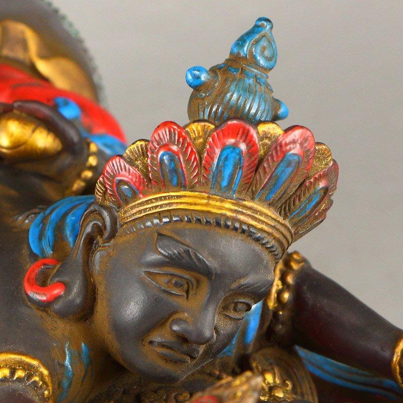 Gilt Gold Coloured Peking Glass Mandkesvara Statue - 10