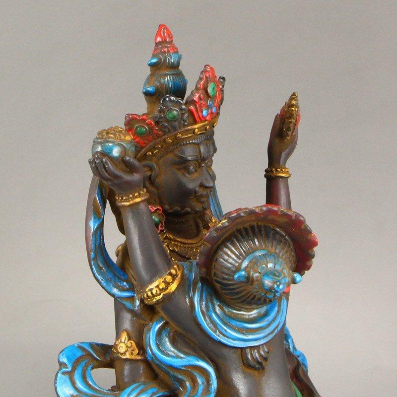 Gilt Gold Coloured Peking Glass Mandkesvara Statue - 8