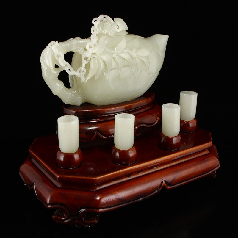 A Set Superb Chinese Hetian Jade Teapot & Cups - 2