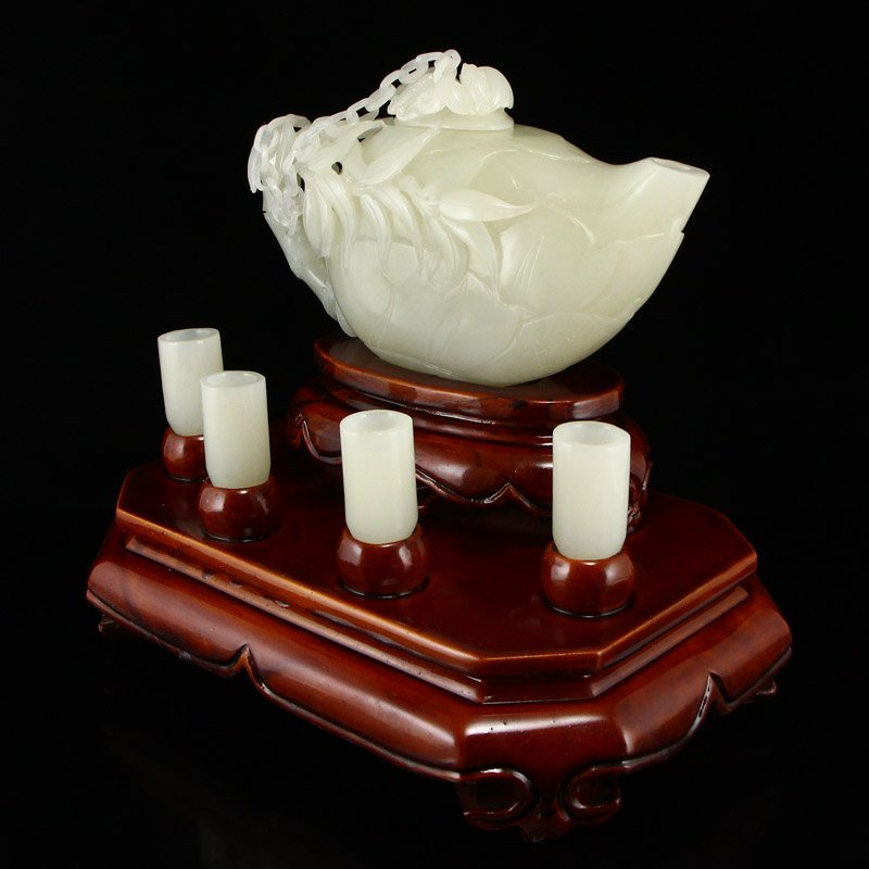 A Set Superb Chinese Hetian Jade Teapot & Cups - 3