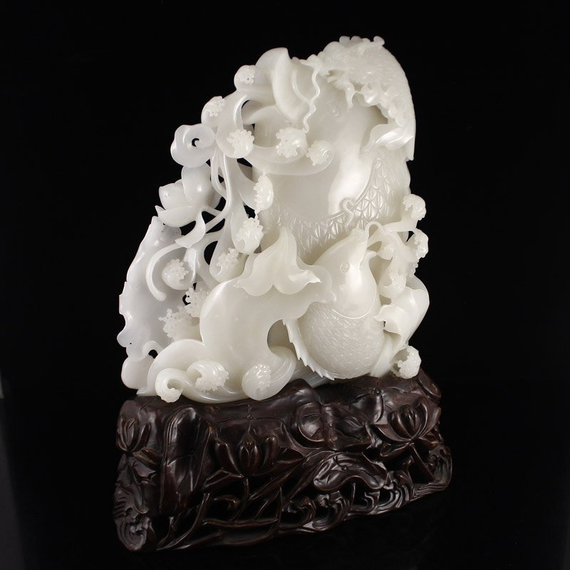 Superb Chinese Hetian Jade Statue - Fortune Fish - 3