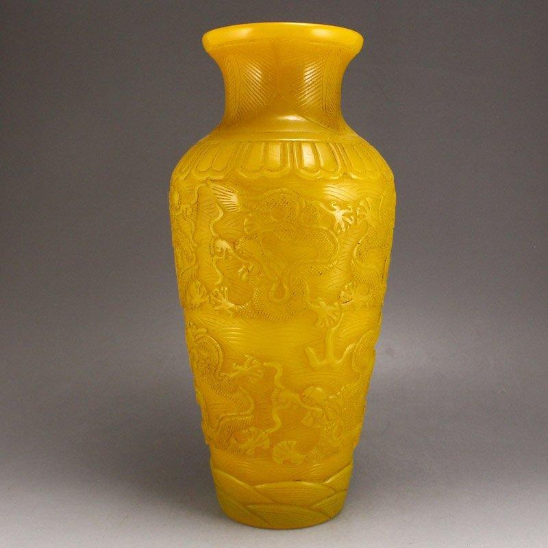 Chinese Qing Dy Peking Yellow Glass Vase - 3