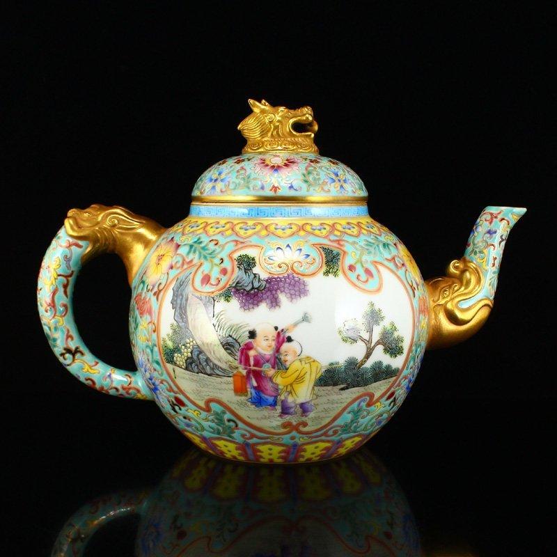 Chinese Gilt Gold Famille Rose Porcelain Teapot