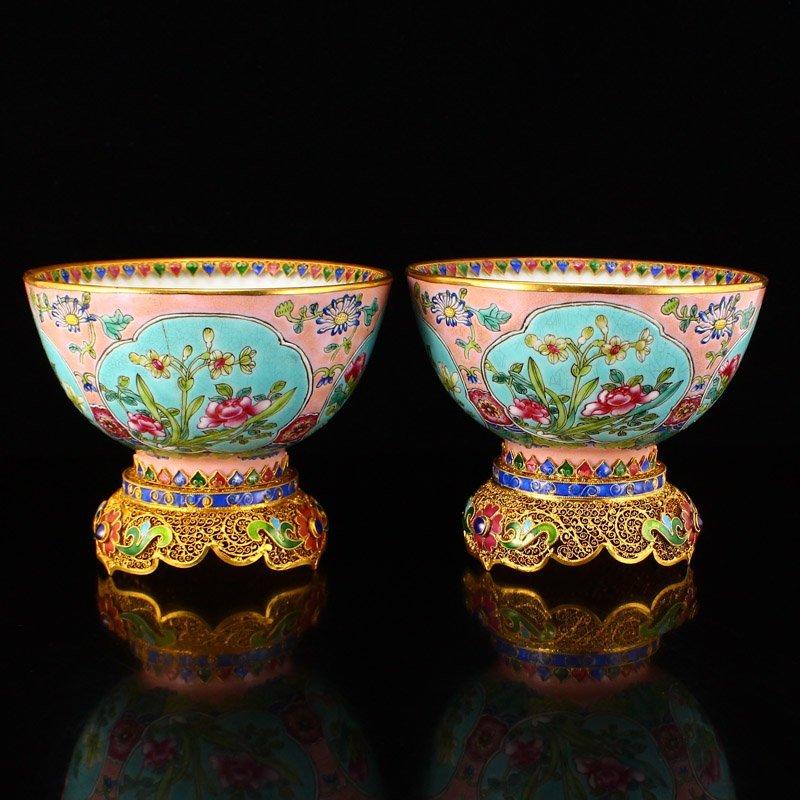 Pair Superb Gilt Edge Famille Rose Porcelain Bowls