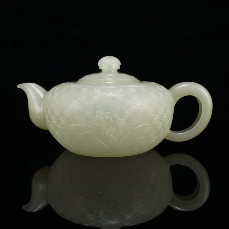 Superb Chinese Qing Dynasty Hetian Jade Ziliao Teapot