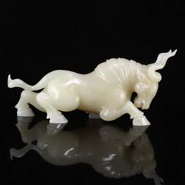 Superb Qing Dynasty White Hetian Jade Fortune Ox Statue