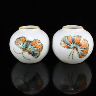 A Pair Chinese Famille Rose Cricket Porcelain Small Pot