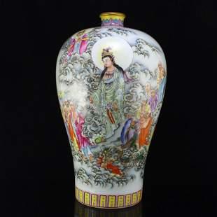 Famille Rose Kwan-yin & Buddhism Figure Porcelain Vase
