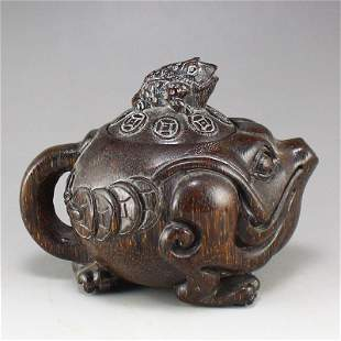 Chinese Ox Horn Carved Fortune Toad Sculpt Teapot