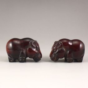 A Pair Chinese Ox Horn Carved Hippopotamus Statue