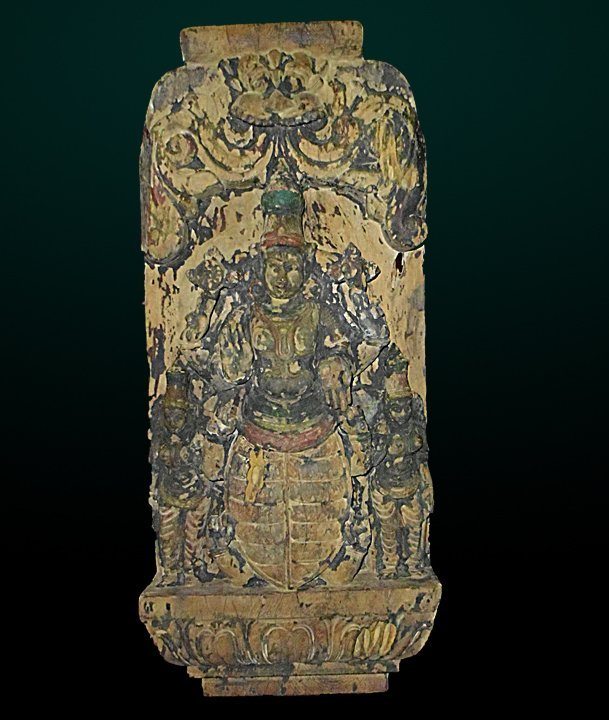 9: Antique Carved Wood Diety