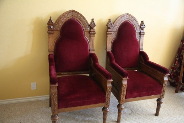 PAIR OF ANTIQUE OAK GOTHIC REVIVAL THRONE CHAIRS