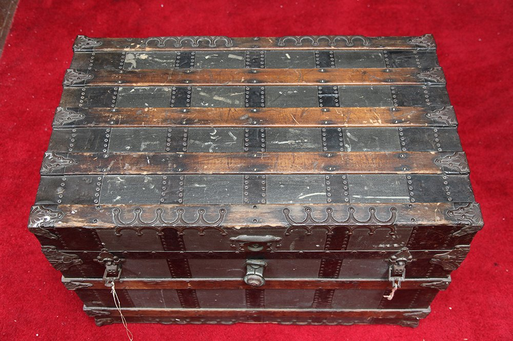 Late 19th Century Traveling Trunk