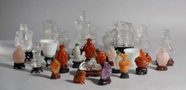 1325: Miscellaneous Group of Chinese Hardstone and Glas