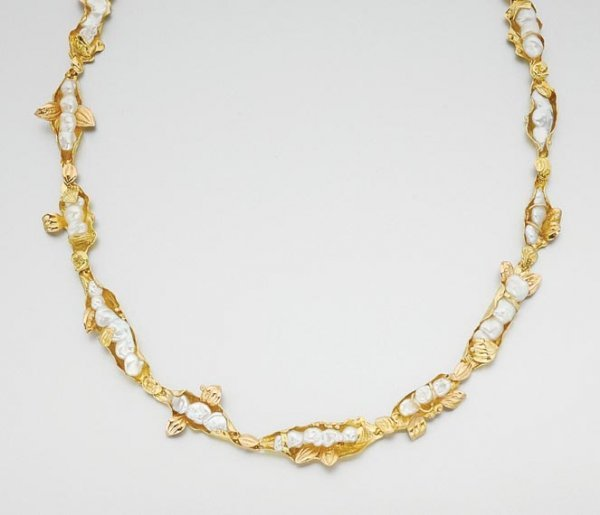 3002: Gold and Baroque Cultured Pearl Necklace