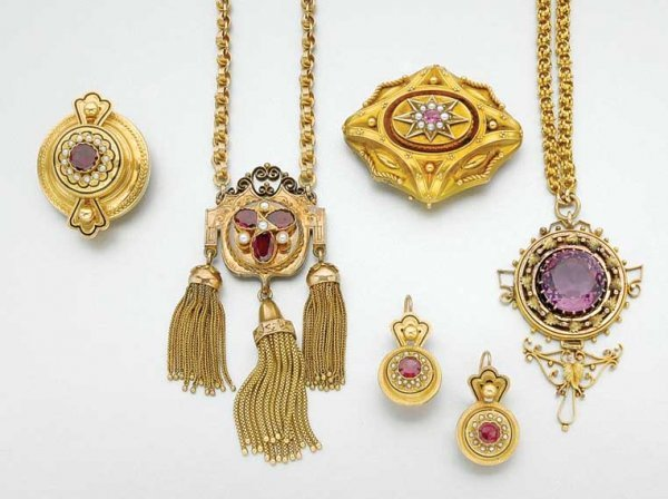 3008: Group of Antique Gold and Gem-Set Jewelry
