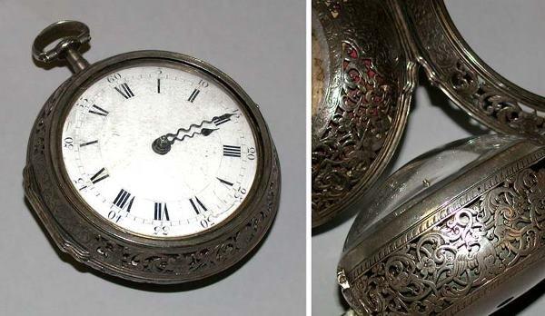 12: Engraved Silver Pair Case Oignon Watch