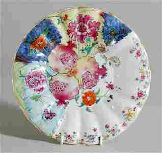 2190: Chinese Export Tobacco Leaf Pattern Porcelain Dis