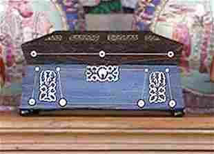 William IV Mother-of-Pearl Inlaid Rosewood Box
