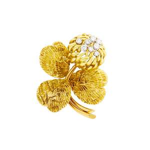 Van Cleef & Arpels Gold and Diamond Chrysanthemum