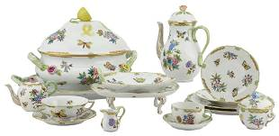 Herend 'Queen-Victoria' Pattern Porcelain Part Table