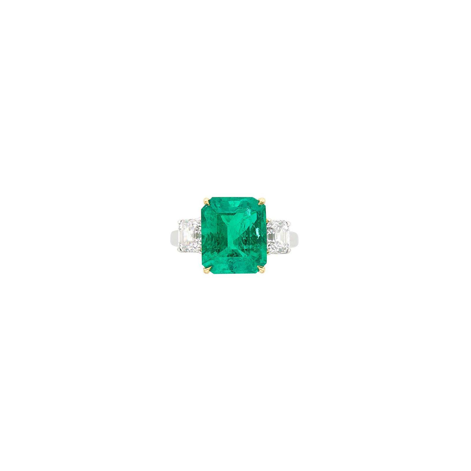 Harry Winston Platinum, Gold, Emerald and Diamond Ring