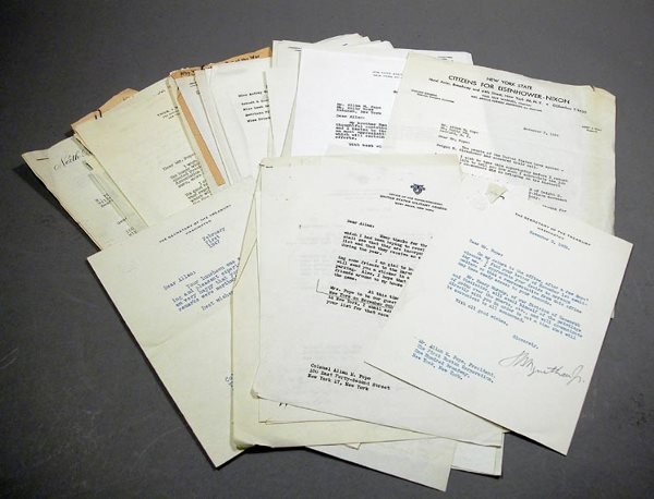 3003: [AUTOGRAPHS] Group of Typed or Autograph Letters