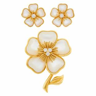 Van Cleef & Arpels Gold, Mother-of-Pearl and Diamond