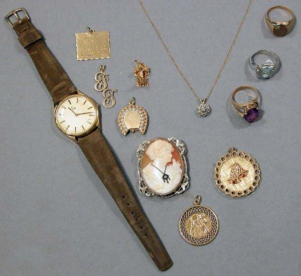 3: Group of Jewelry