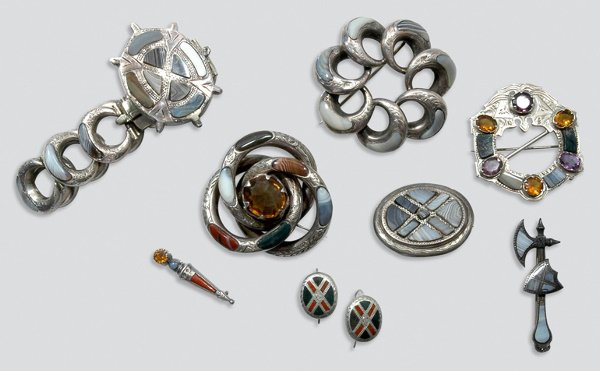 2002: Group of Antique Agate and Gem-Set Jewelry